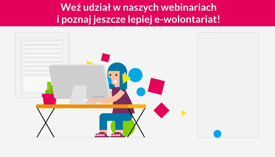 Osoba przy komputerze webinarium
